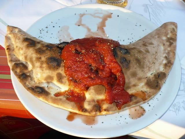 Pizza_Calzone