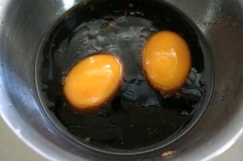 漬け込まれた卵
