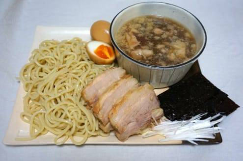 豚骨と鶏ガラと魚介系のスープの濃厚つけ麺
