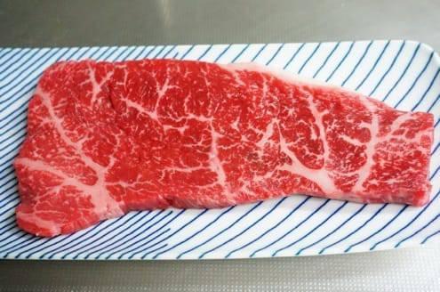 スーパーのお肉