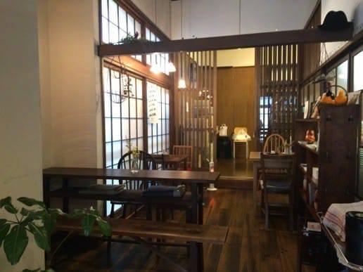 ルスルスのカフェ