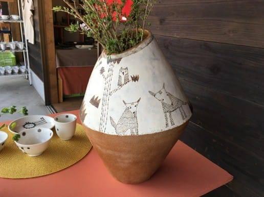 有田焼 動物のイラストの陶器