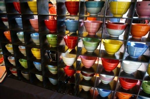 カラフルなお茶碗たち
