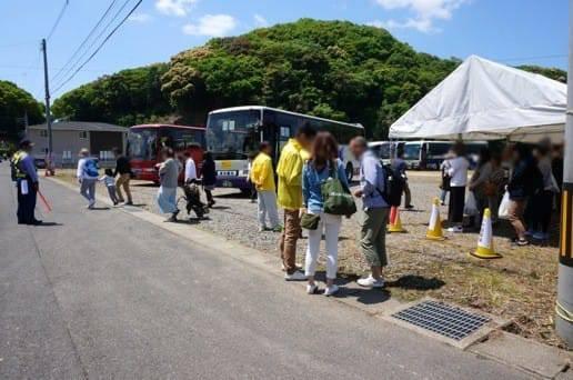 波佐見焼大型バス駐車場の様子