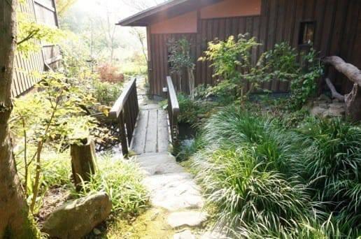 黒川温泉の帆山亭の部屋までの道