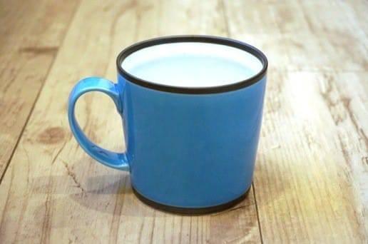 和山窯のワビマグカップ 水色