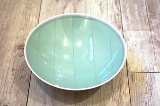 白山陶器の平茶碗 グリーン