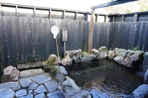 広い露天風呂