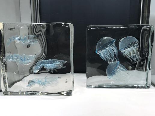 ガラスのクラゲ