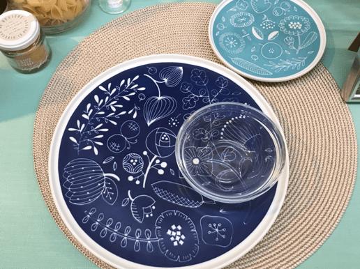 かわいい絵柄の平皿